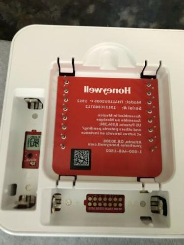 HONEYWELL HOME T4 Pro Programmable Thermostat
