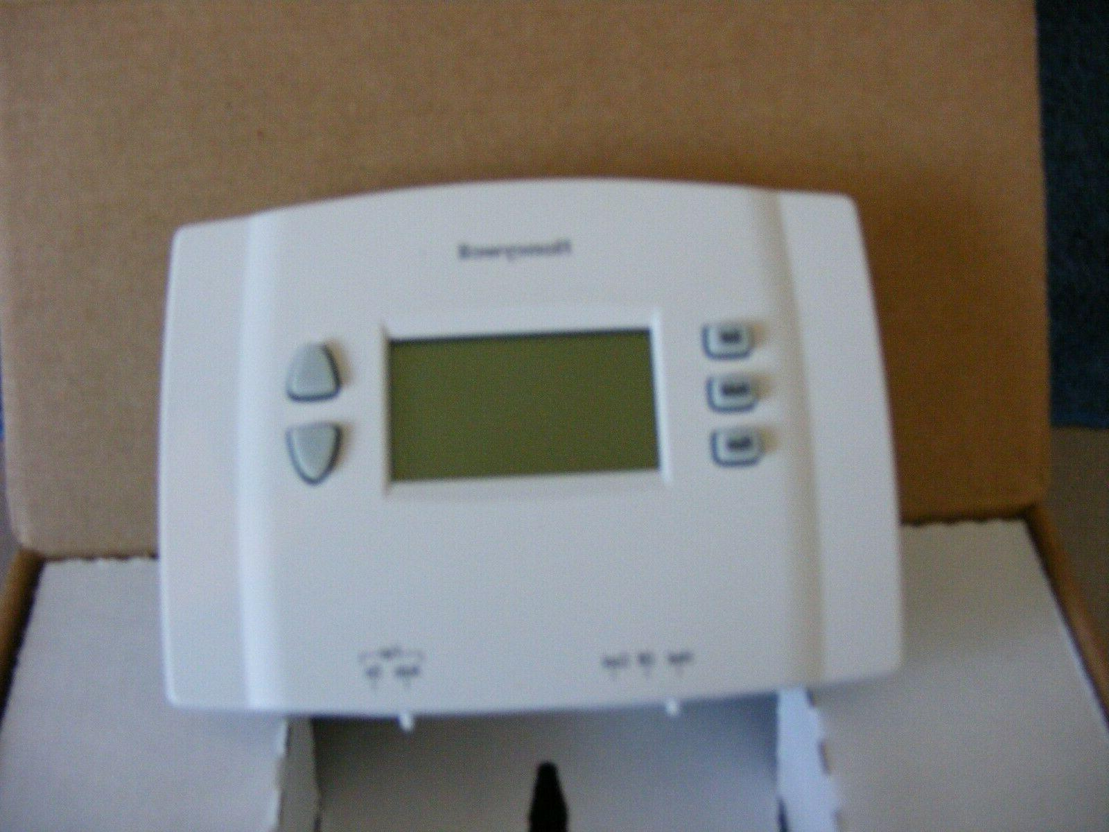 Honeywell RTH221B1021/E1 Week Thermostat