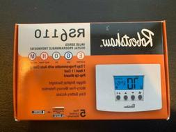 Robertshaw RS6110 Digital Programmable Thermostat - White